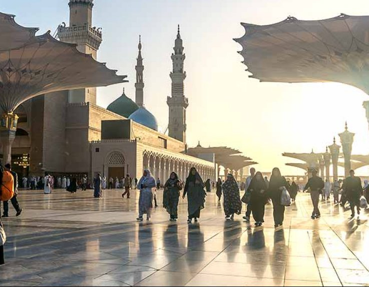 Umrah Banner: 7 Nights 3 Star Easter Umrah Package 2019 At Cheapest