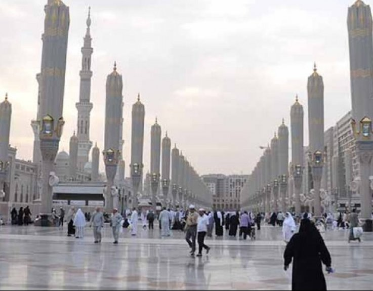 7 Nights 4 Star February Umrah Package