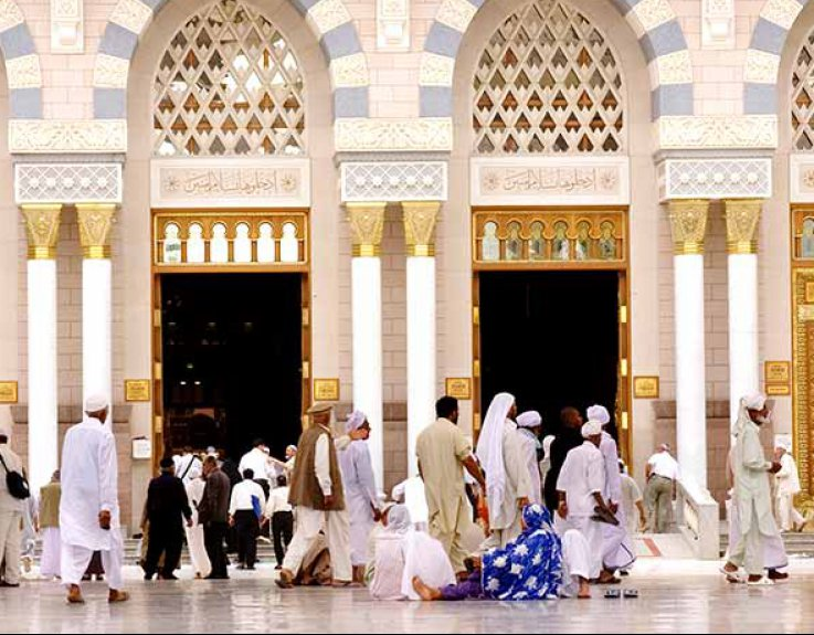 4 Star Christmas Umrah Package for 7 Nights