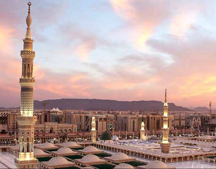 7 Nights 5 Star Family Umrah Package