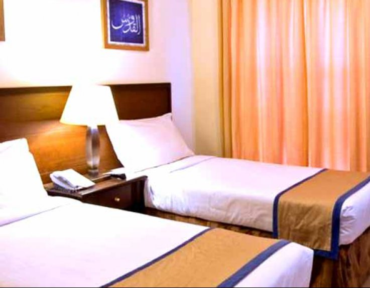 12 Nights February Umrah Package