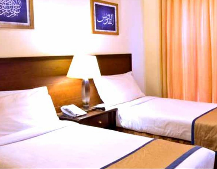 5 Star 14 Nights December Umrah Package 2020